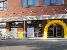 Bloemen vliegen de deur uit bij nieuwe Jumbo Papegaaienburg
