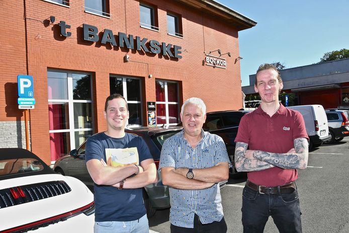 Uit café 't Bankske  verdwenen tijdens een nacht in november 2020 heel wat spullen. Op de foto de nieuwe uitbaters van het populaire café.