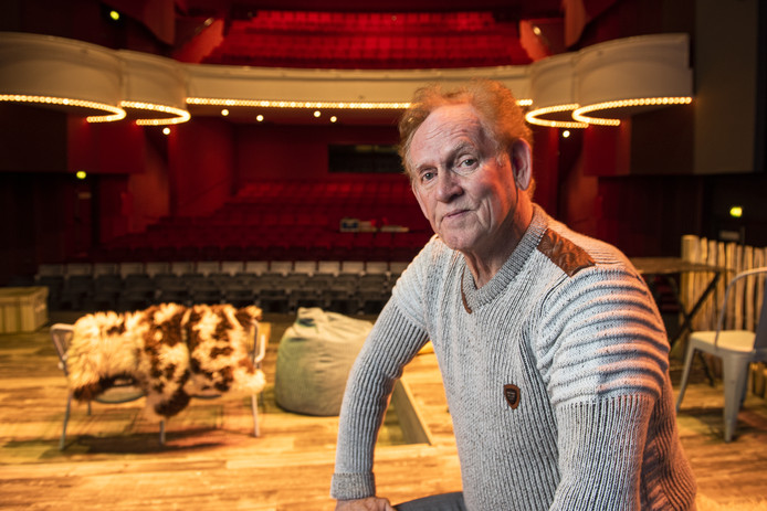 Arie Kwak stopt in mei na ruim 30 jaar als voorzitter van 's-Gravenstad Muziektheater Zutphen. Hij speelt eind maart zijn laatste rol als voorzitter, in het stuk My Fair Lady.