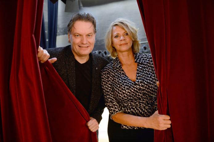 Simone Kratz en Eddy v.d. Ley Organisatoren van nieuwe reeks : Twents Theater College.