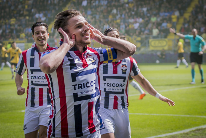 Ben Rienstra scoorde in april nog voor Willem II in de derby met NAC.
