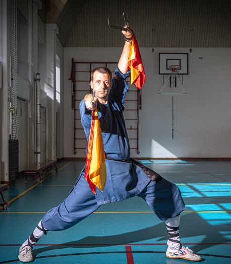 Kungfu-koning Douwe (40) brengt Chinese vechtsport naar Zwolle