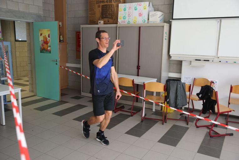 De leerlingen het GO! Technisch Atheneum gaan sportief de herfstvakantie in want deze vrijdagnamiddag liepen ze een trail in hun eigen schoolgebouwen.