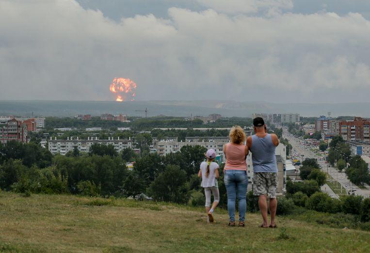 Archiefbeeld. De ontploffing is het tweede incident in minder dan een week. Maandag leidde een brand in een munitiedepot in Siberië al tot zware ontploffingen (foto).