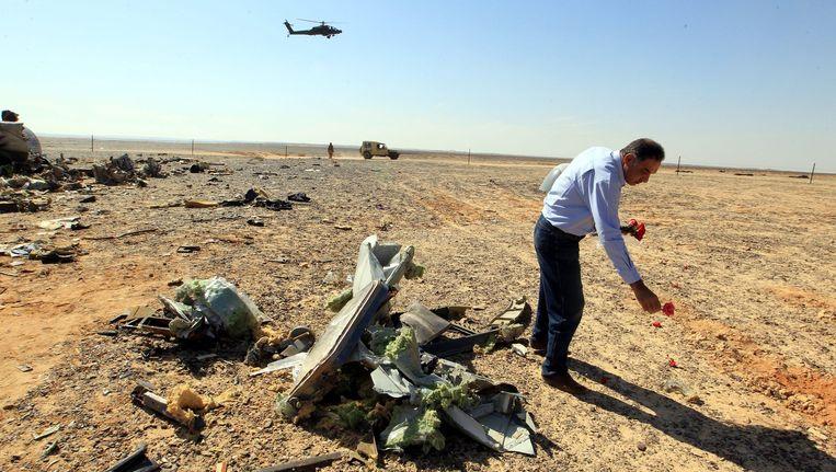Wrakstukken van het neergestorte Russische toestel in Sinaï, Egypte. Beeld epa