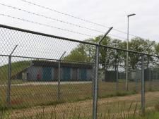 'Ligt er munitie in bunkers Kamp Holterhoek en weet de brandweer dat?'