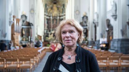 """Belgische bloemisten boos op begrafenisondernemers: """"Tot 30 procent korting is diefstal"""""""