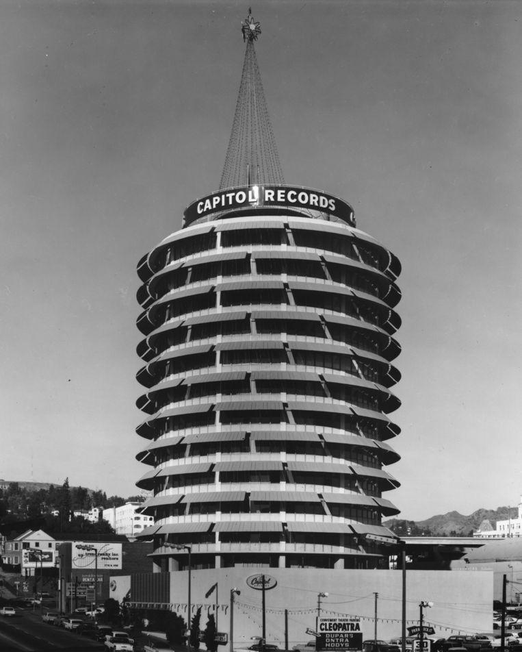 De Capitol Tower in L.A. Beeld Corbis via Getty Images