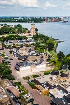 Zwijndrechtse sloopvilla verkocht aan nieuwe eigenaar: 'Ik ga rekening houden met de buurt'