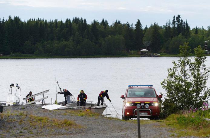 Het vliegtuigje is in de rivier bij Umea gestort