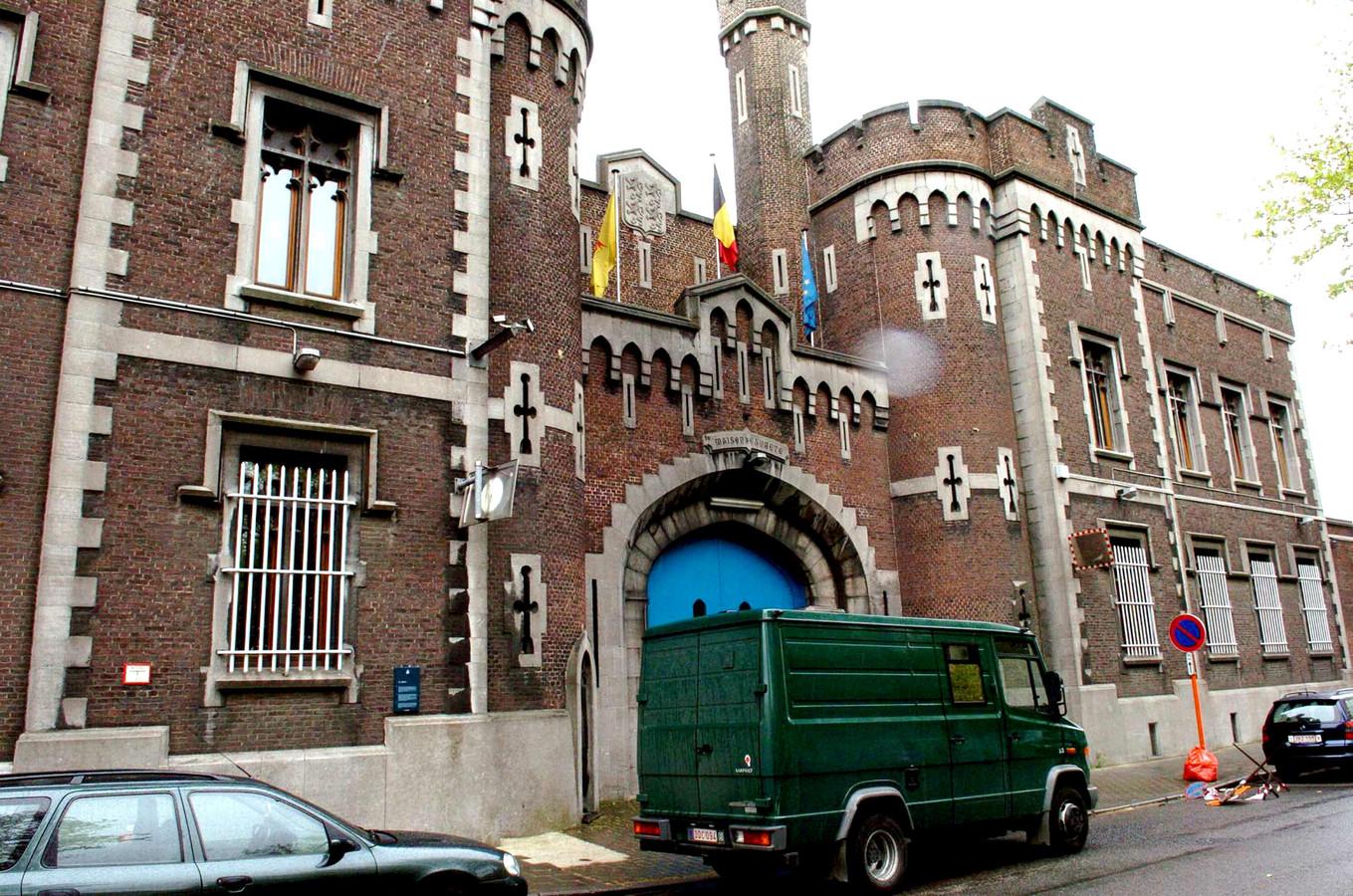 De gevangenis van Mons, waar in 2004 gevreesd werd voor een uitbraak van tuberculose.