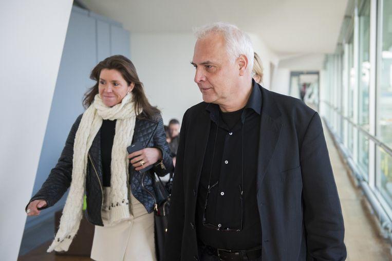 Heidi De Pauw (links) van Child Focus, die gisteren ook aanwezig was in de rechtbank.