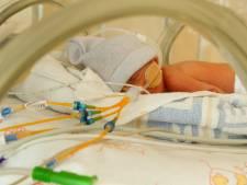 Ook Zwolle vraagt op Wereld Prematurendag aandacht voor veel-te-vroeg geboren kinderen