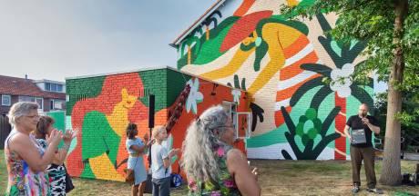 Muurschildering geeft Indisch Museum Breda nog meer kleur