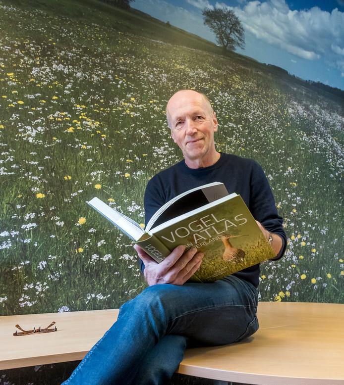 Machiel Bosch van Natuurmonumenten kan zich al verheugen op een bloemenpracht in Bloemkampen, waar misschien zelfs de gele kwikstaart en de zomertaling hun snavel gaan laten zien.