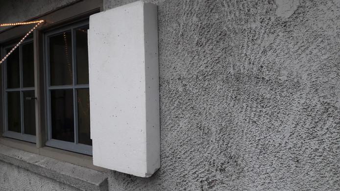 Op de muren van De Voorste Venne in Drunen komt een dikke laag isolatie.