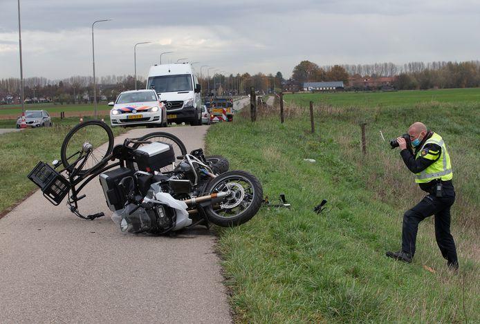 Onderzoek na het ongeval Aerdtseweg tussen motoragent en fietsende scholieren.