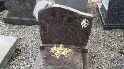 Burgemeester zoekt getuigen  van vandalisme op kerkhof