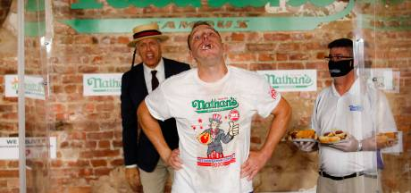 75 hot-dogs en 10 minutes: nouveau record pour Joey Chestnut