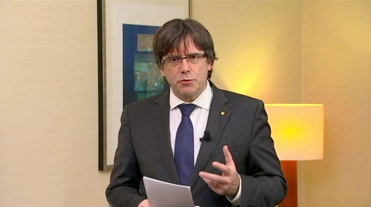 De Catalaanse leider Puidgemont verblijft in ons land nadat hij de onafhankelijkheid van Catalonië had uitgeroepen.