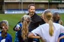 Trainer Robbie Koenen  van de RKHVV-meiden.
