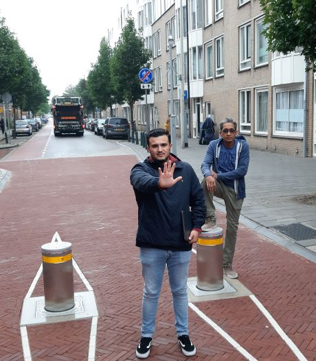 Wéér protestmars in Schilderswijk om afsluitingen: 'Het water staat ondernemers echt aan de lippen'
