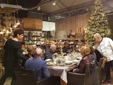 Dineren in verlaten tuincentrum Veghel