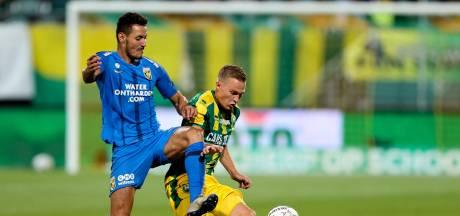 Letsch eist meer bij Vitesse: 'Ik mis de mentaliteit om een duel te killen'