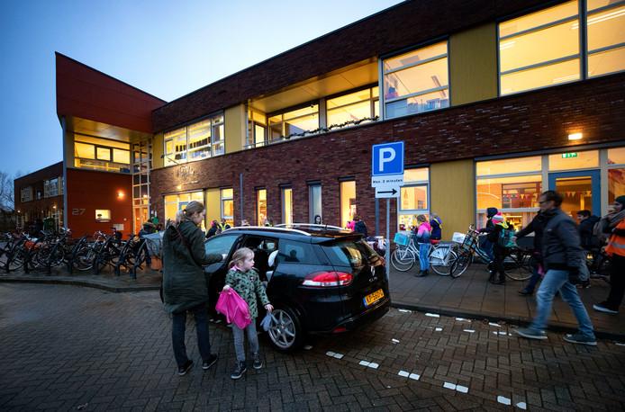 De zoen- en zoefstrook bij basisschool de Rietpluim in Nuenen