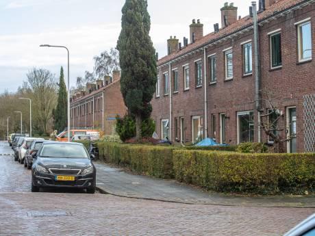 Slachtoffer gewapende woningoverval Zwolle bestolen van Rolex en duizenden euro's: 'Mijn hele kop is kapot'
