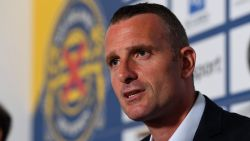 Nicky Hayen voorgesteld als nieuwe trainer van Waasland-Beveren