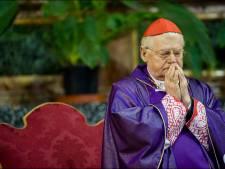 """A deux jours du Conclave, les fidèles jouent les """"tifosi"""""""