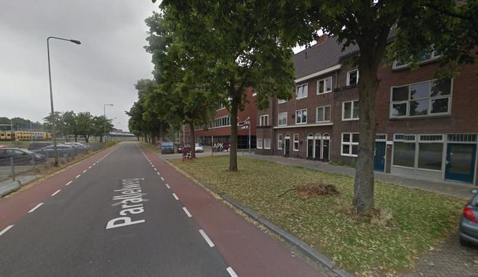 Aan de Parallelweg in Den Bosch worden enkele huizen gebruikt voor de opvang van uitgeprocedeerde asielzoekers.