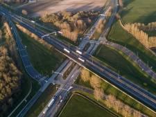 Kapotte verkeerslichten bij knooppunt Hooipolder gemaakt, file opgelost