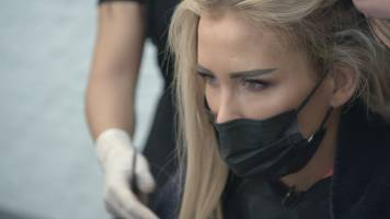 Zo verpestten Anouks extensions haar eerste kus met Dimitri