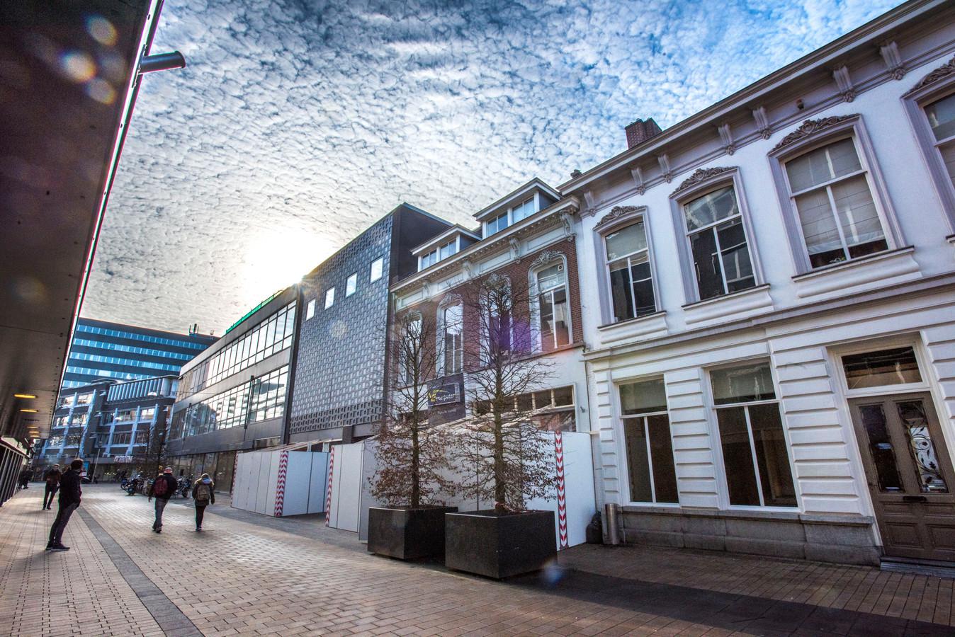 De dode wand in de Willem II-straat.