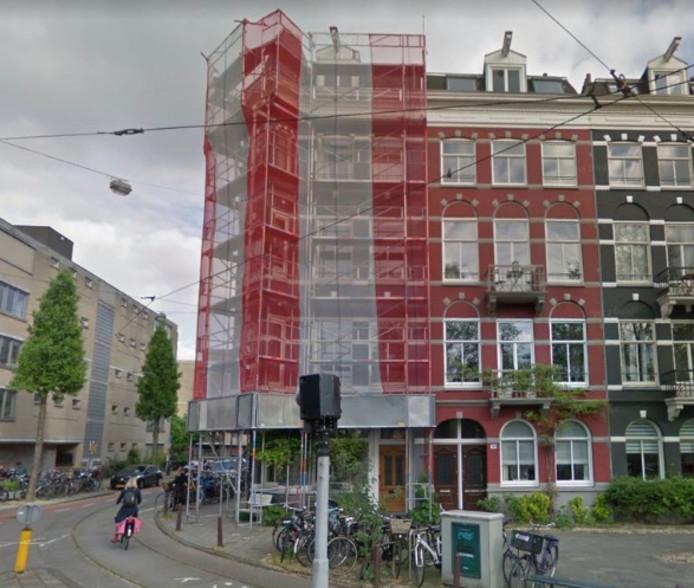 Voor 475.000 heb je een tweekamerappartement (59 vierkant meter) op de tweede etage op de Plantage Parklaan in Amsterdam.