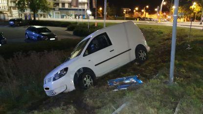 Dronken leerling-bestuurder loopt met 2,6 promille in bloed tegen de lamp na verkeersongeval