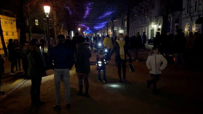 De volkstoeloop op lichtfestival Wintergloed van zaterdagavond.