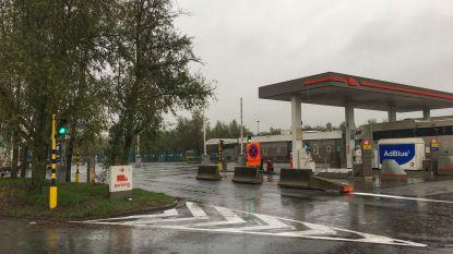 """Burgemeester laat truckers opnieuw toe om 's nachts te tanken op snelwegparking in Jabbeke: """"Langer stilstaan zal ik echter nooit meer toestaan"""""""