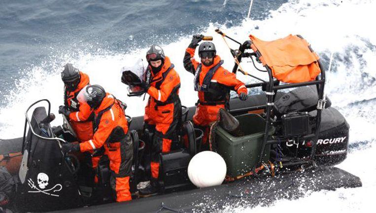 Activisten van Sea Shepherd AP Photo/Institute of Cetacean Research Beeld ap