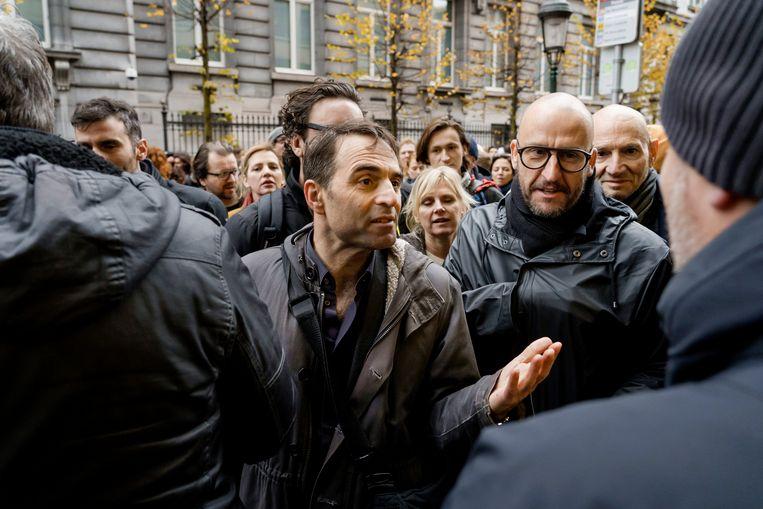 Protest van de cultuursector tegen de besparingsplannnen van minister Jan Jambon vandaag, met onder meer Michael Pas en andere bekende Vlaamse acteurs.