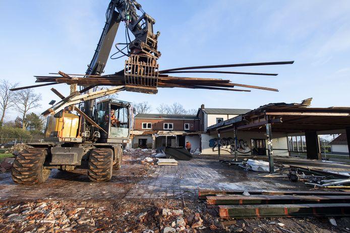 In Goor wordt café-restaurant Jachtlust aan de Markeloseweg gesloopt.