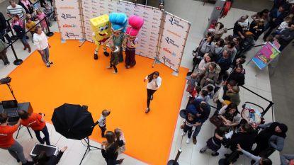 Op de foto met SpongeBob, Shimmer en Shine