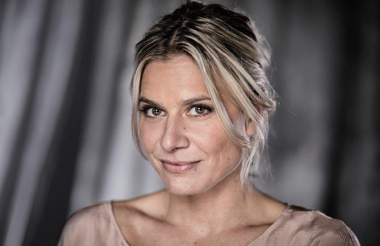 Nathalie Meskens presenteert 'Blind Date'.