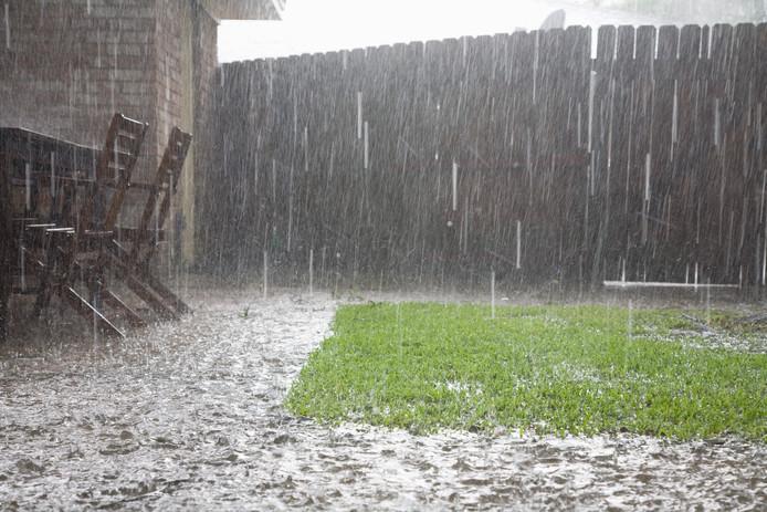 Uitgerekend in ons deel van het land kans op hevige regenval...