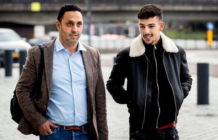 """Sofiane Boussaadia (r), beter bekend als rapper Boef, wil verantwoordelijkheid nemen voor zijn snelheidsovertredingen uit 2016. """"Als jonge jongen dacht ik niet na over de consequenties. Het was gewoon een beetje stoer doen"""", vertelt de 27-jarige rapper in het gerechtshof in Den Bosch."""