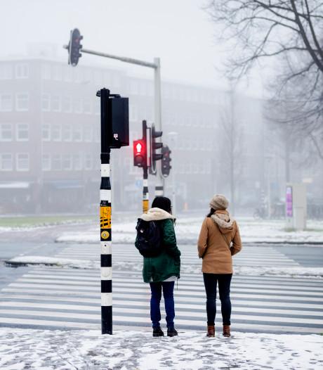 Vanaf morgen winterse buien, na vrijdag blijft het lang koud