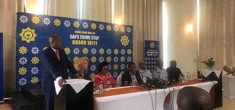 Ministers Zuid-Afrika tegen beroofde Nederlanders: kom aub terug!