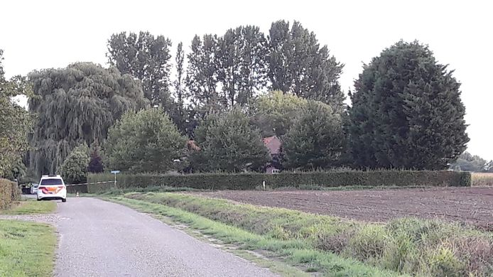 Holderbergsestraat, Kruisland